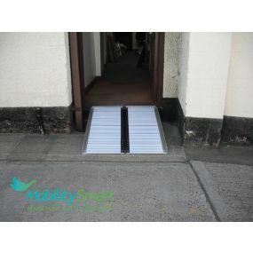Folding Wheelchair Ramp - 5ft