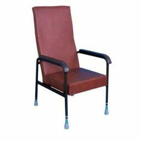 Longfield Lounge Chair - Brown