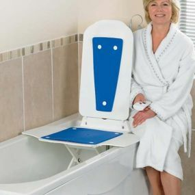 Bathmaster Deltis Bath Lift with Blue Covers