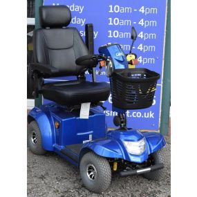 CareCo Titan Mobility Scooter - Blue **Used**