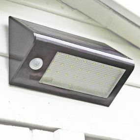 32 LED Motion Sensor Light
