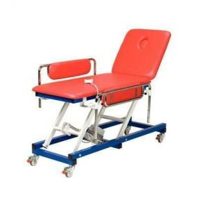 Electric Paediatric Couch